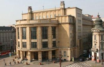 Kerekasztal-beszélgetés a Komenský Egyetem megalapításának 100. évfordulója alkalmából, Szögi László részvételével